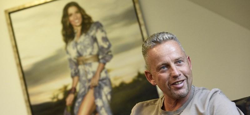 A Wizz Air bocsánatot kért Schobert Norberttől, amiért nem akarták felengedni a fiát a gépre
