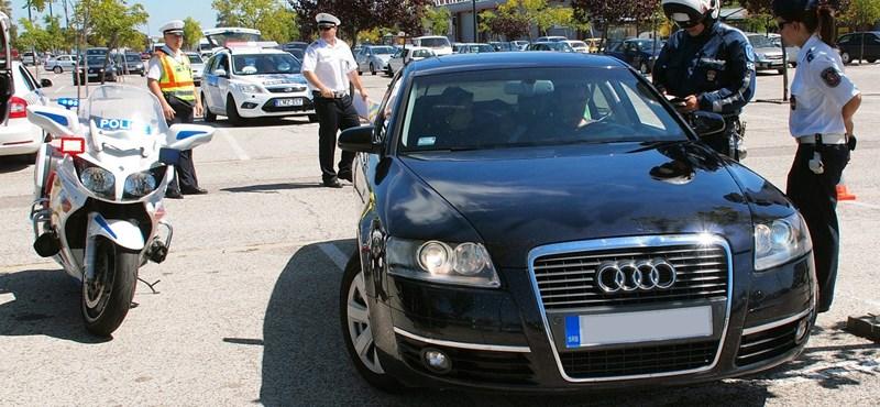 Mindenütt rendőrök Budapesten: kéttucatnyi előállítás a hosszú hétvégén