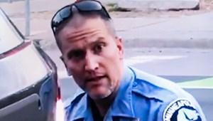Adóscsalással is vádolják a George Floyd nyakán térdelő rendőrt