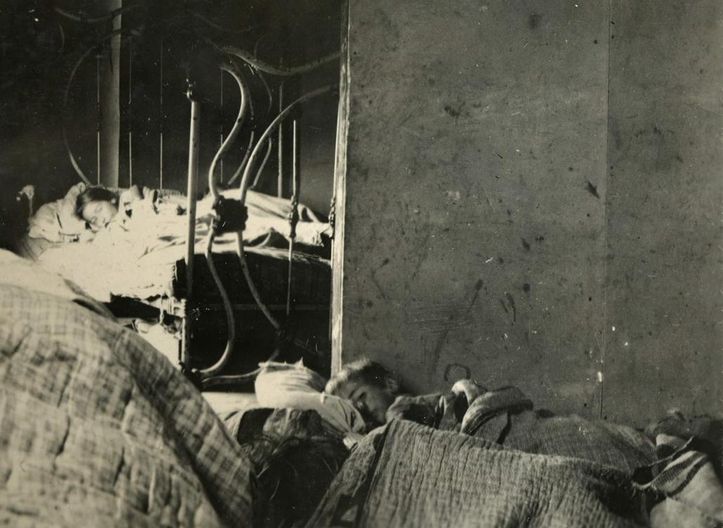NAGYÍTÁS SPANYOL NÁTHA Wisconsin 1918