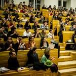 Ingyen korrepetálják az érettségizőket az egyetemfoglaló diákok