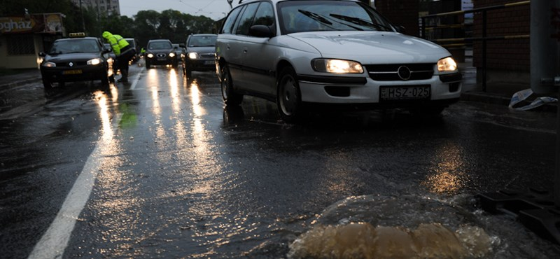 Soha nem látott áradás Magyarországon