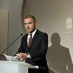 """""""Ez példa nélküli"""" - a Gyurcsány-cég uniós megbízásán rugózik a Miniszterelnökség"""