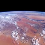 Nézze, ez történelem: 70 éve így fotózták le először a Földet az űrből