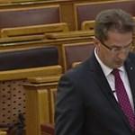 Kormány: A jogállamiságnak nincs általánosan elfogadott definíciója