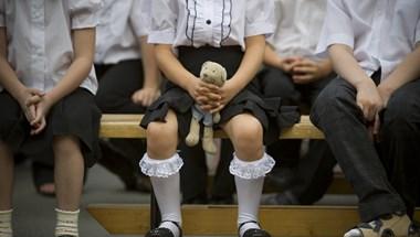 Aggódnak a hivatásos rendőrök, hogy iskolaőrnek vezénylik ki őket