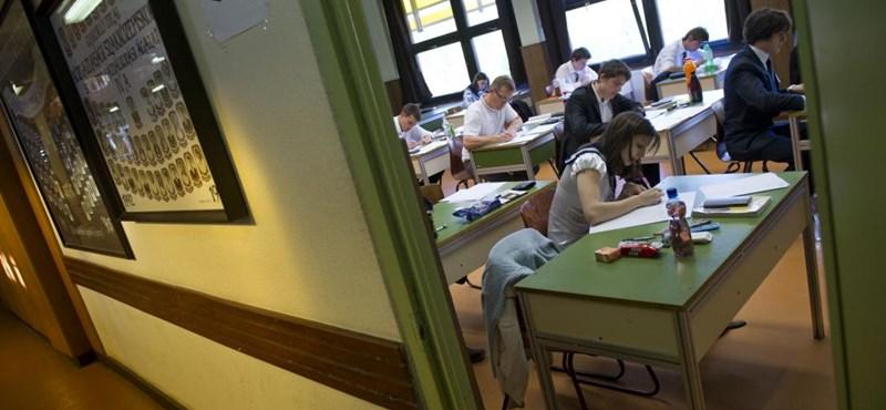 Érettségi: idén jelentkezhettek utoljára a legnépszerűbb vizsgatípusra