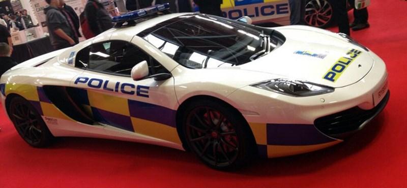 Kibulizott magának egy McLarent az angol rendőrség