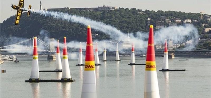 Nagyon sok szám a Red Bull Air Race budapesti versenyéről