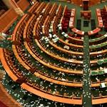 Országgyűlés Hivatala: A házszabálynak megfelelően zajlott a túlóratörvényről szóló szavazás