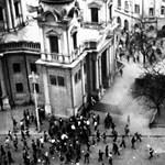 Ha kell, engedély nélkül is kiteszik a roma hős emléktábláját