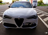 Nagylakon akadt fent ez a 15 milliós Alfa Romeo sportterepjáró