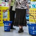 Nyolcezer ember veszítheti el a munkáját a vasárnapi boltbezárás miatt