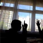 Újranyitnának az iskolák két hétre: kinek és miért lenne jó?