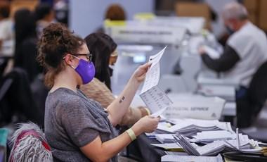 Találtak még 2600 szavazatot az amerikai elnökválasztáson