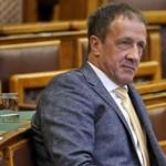 Elhagyja focicsapatát a Fidesz politikusa