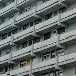 300-400 ezer ember lakhatása kerül veszélybe a Nemzeti Eszközkezelő bezárásával