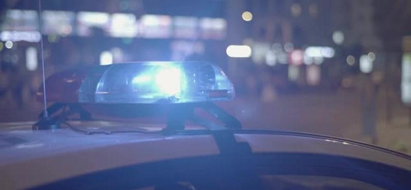 Símaszkos, parókás ATM-tolvajt fogtak szabadnapos rendőrök a Kálvin téren
