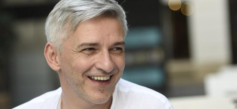 A letiltás után teltház fogadta Alföldi Róbertet Zalaszentgróton