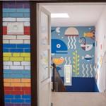 Egy gödi és egy nagykovácsi iskolát is színesre festenek