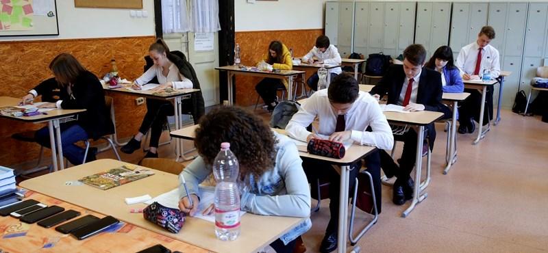 Érettségi statisztikák: csökkent a végzősként érettségizők száma 2019-ben