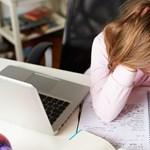 A tiltásnál van jobb is! – így védje meg gyermekét az internetes zaklatástól