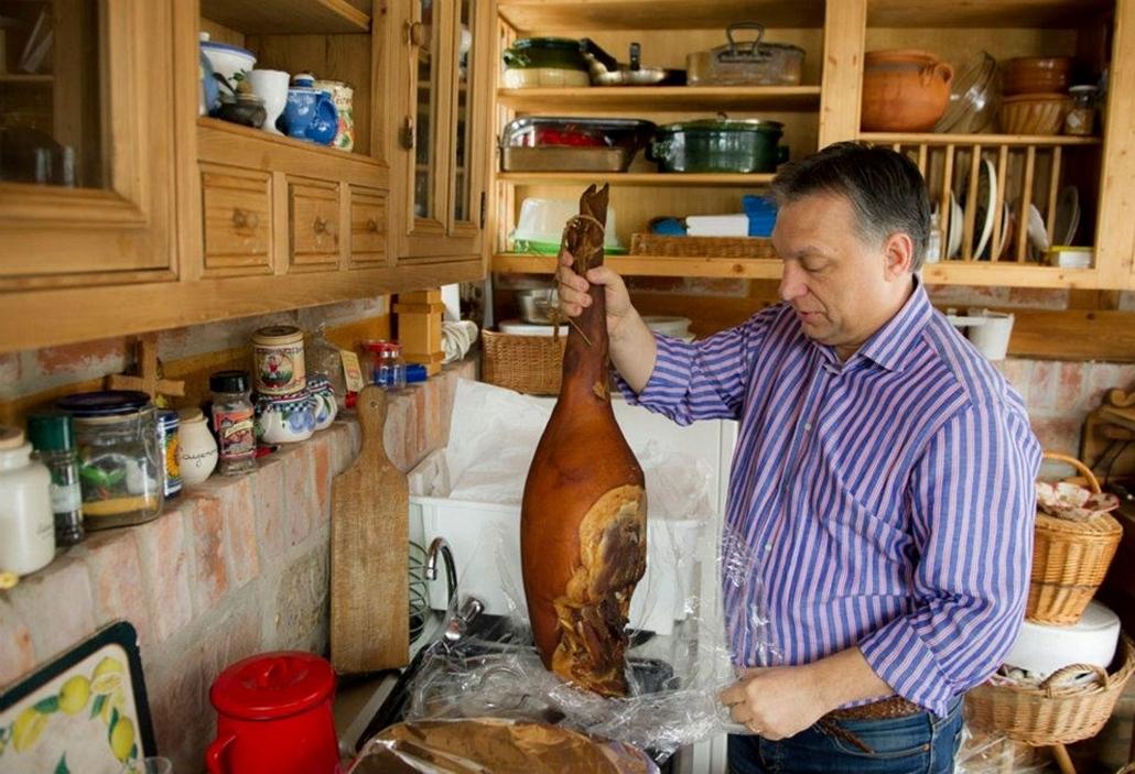 Orbán Viktor a húsvétra készülődik