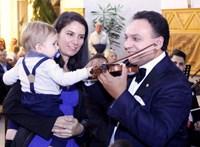Fidesz-közeli zenészek is kiakadtak Mága Zoltán kormányzati kistafírozásán