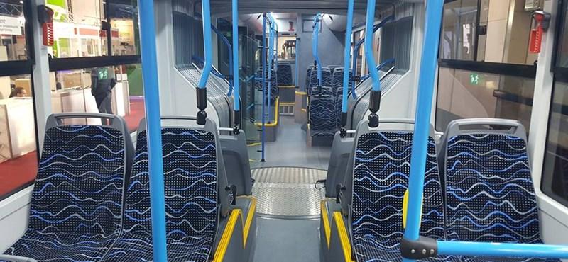 Egy komplett buszgyár hullhat Mészáros Lőrinc ölébe