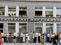 Valutaunió! Örül Szalámis Tóni és a frankfurti tőzsde is – 1990. július 1.