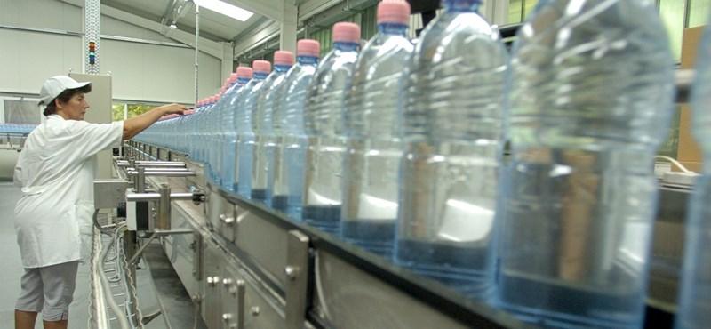 Hol jut be a baktérium? - Így kerül az ásványvíz a palackba!