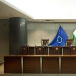 Az Alkotmánybíróság maga szegi meg az Alaptörvényt