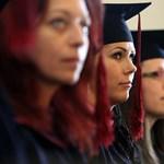 """Nyelvvizsga nélkül nincs diploma: a szülők szerint így """"megalázó a diplomaosztó"""""""