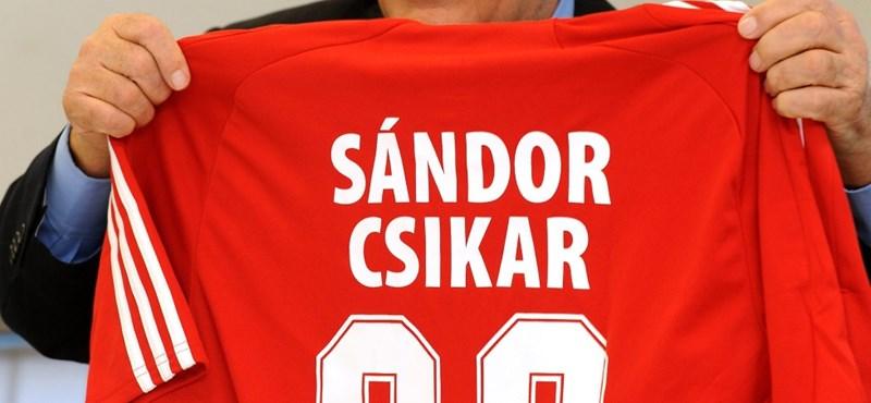 Meghalt Sándor Csikar
