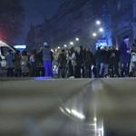 """""""Erdogan terrorist"""" - kiabálták tüntetők a török elnök konvoja felé - videó"""
