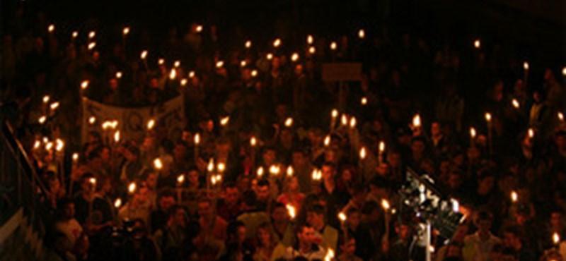 Ötszázan demonstráltak Veszprémben
