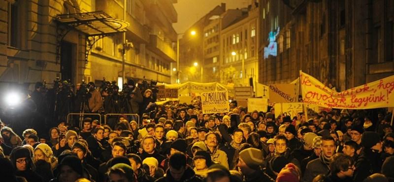 Újabb demonstráció: január 19-én kiürítenék az iskolákat