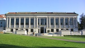 Rálőttek egy fegyveres férfira a rendőrök a Berkeley egyetemen