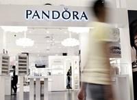 A Pandora hátat fordít a természetes gyémántoknak