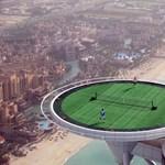 Ilyen a világ legmagasabban fekvő teniszpályája Dubajban