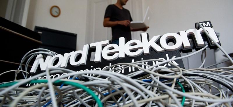 Angliában dolgozó magyarokra repül rá egy hazai telekomcég