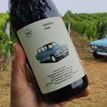 Ezerötös: a régi Lada szekszárdi borosüvegen köszön vissza – a helyszínen jártunk