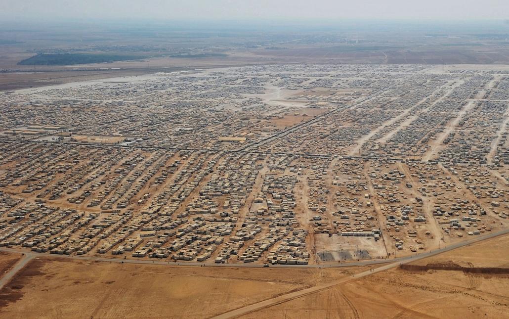 Szíriai menekülttábor Jordániában - 2013. július 18.