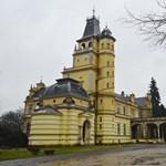 Lázár János felügyelete alá kerülhet a milliárdokból felújított békési kastély