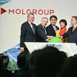 Orbán Viktor a Mol gyáravatóján sem hagyta ki, hogy migránsozzon