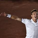 Fucsovics elődöntőzik Canberrában