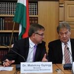Aláírták a megállapodást az új Munka törvénykönyvéről
