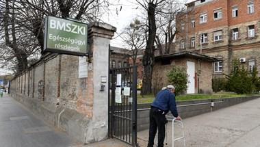 Amíg kitalálják, hogy működjön tovább, békén hagyják a Szabolcs utcai kórházat