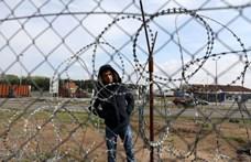 Még további fél évig fennáll a bevándorlási válsághelyzet
