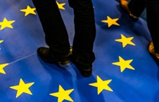 A franciák szerint az EU sorsa forog kockán a lengyelek és a magyarok miatt